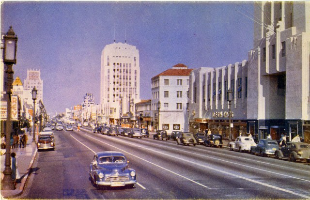 Miracle Mile : Wilshire Boulevard, Los Angeles in Kodachrome, circa late 1940s
