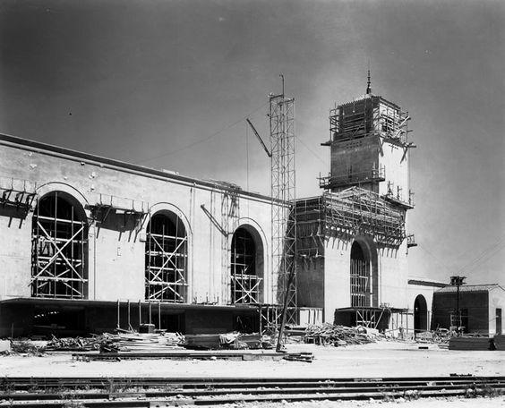 Union Station under construction 1933