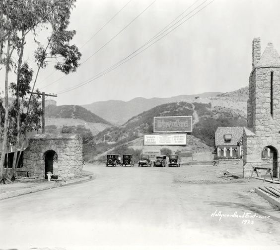 entrance to hollywoodland village in the hollywood hills beachwood