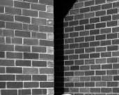 L44193 brick wall