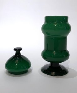 Emerald Green Glass Vase With Lid