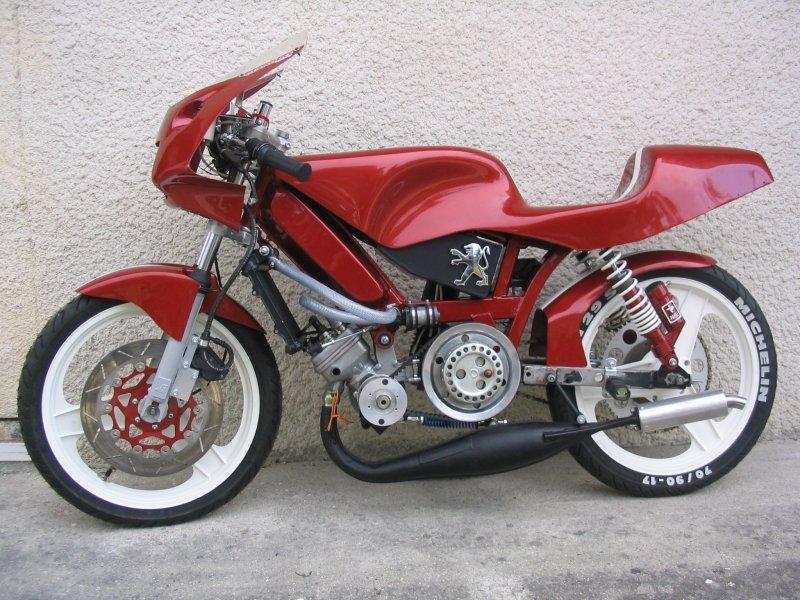 Peugeot 103 Race Moped