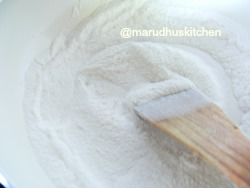 PROCESSED FLOUR IS FRIED LIGHTLY