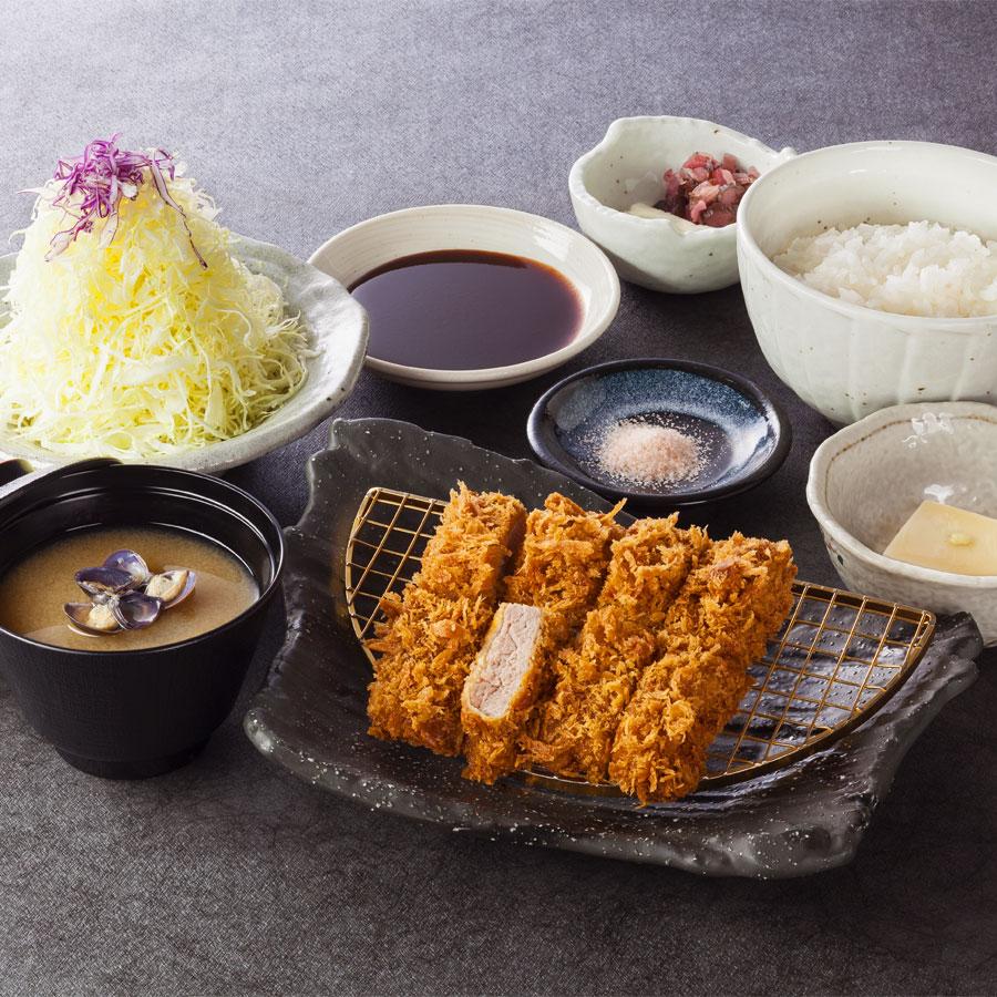 ヒレかつ定食 1,380円