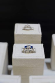 diamond-and-gemstone-engagement-ring-thunder-bay