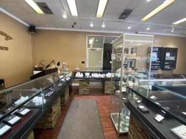 marvs-jewellery-store-thunder-bay
