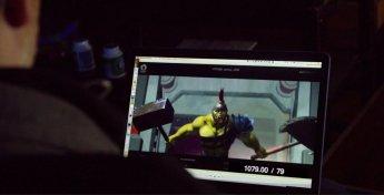 Photo du tournage de Thor: Ragnarok montrant une prévisualisation de Gladiateur Hulk