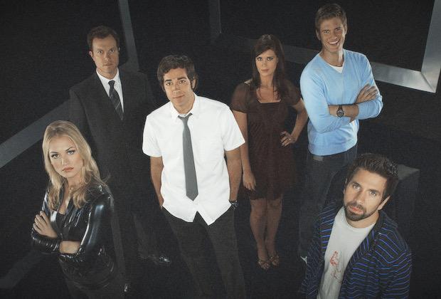 Chuck starring Zachary Levi, Yvonne Strahovski, Sarah Lancaster, Adam Baldwin, Joshua Gomez, Ryan McPartlin, as Team Bartowski