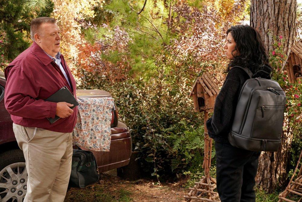"BROOKLYN NINE-NINE -- ""The Lake House"" Episode 802 -- Pictured: (l-r) Joel McKinnon Miller as Scully, Stephanie Beatriz as Rosa Diaz --"