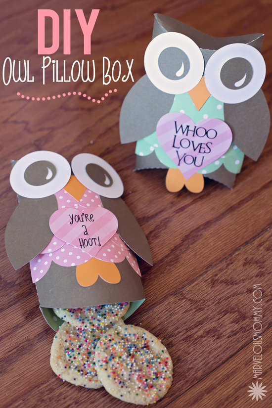 Diy owl pillow boxes free valentine printable for Owl pillow box template
