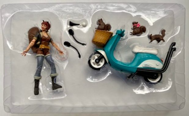 Unboxing Squirrel Girl Marvel Legends 2020 Toy
