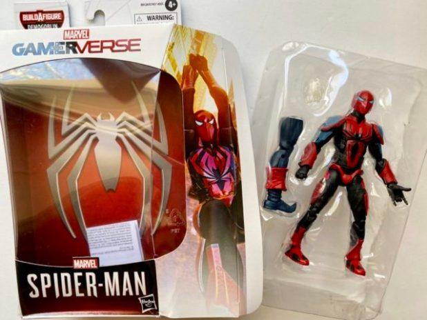 Unboxing Spider-Man Armor Mark III Legends Figure Hasbro 2020