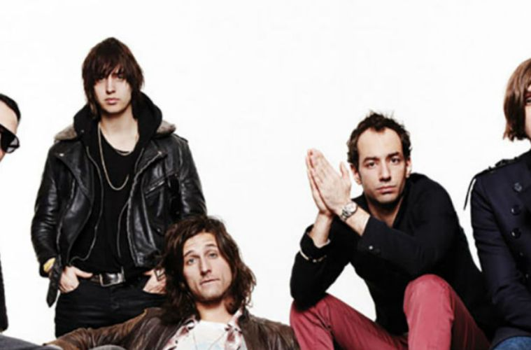 The Strokes nueva cancion The Adults are talking Los Angeles concierto