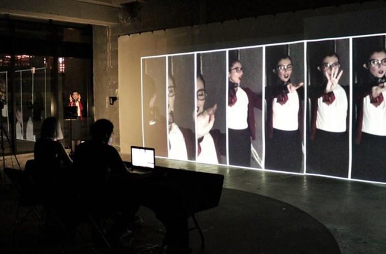 Tania Reza presenta: Personas Haciendo Cosas, pieza 8