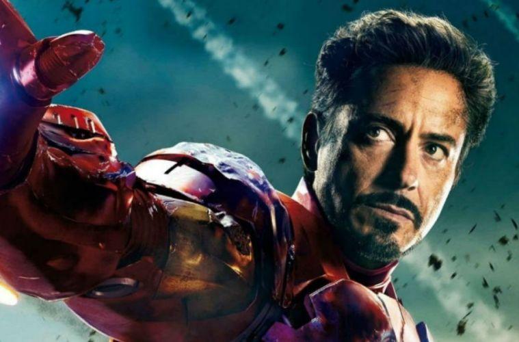 Tony Stark Iron man película cinta estatua MCU Italia