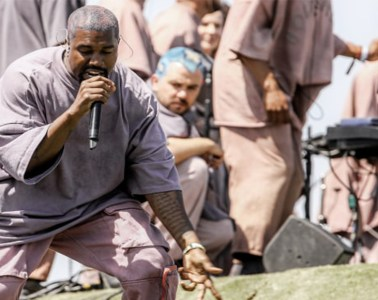 kanye-west-tour-mundial-sunday-service-2020