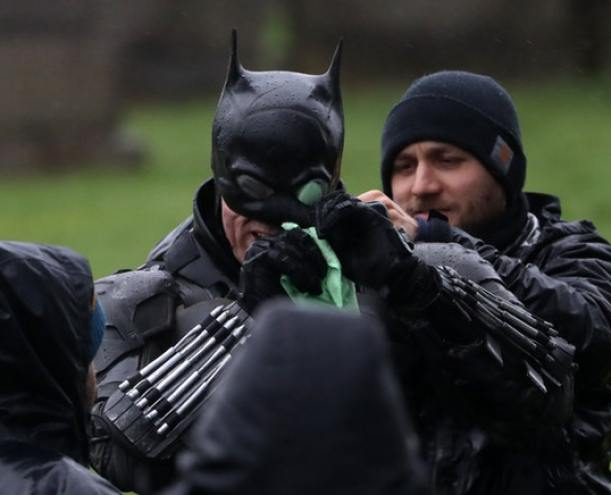 the batman caida video filtrado robert pattinson