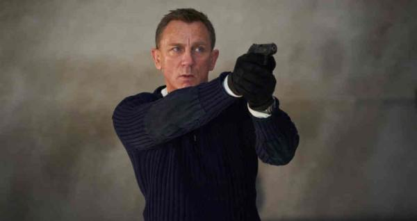 director-james-bond-no-time-to-die-reemplazo