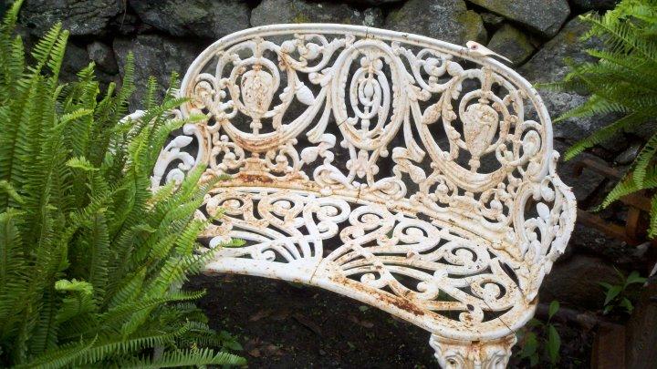 Enjoy Unique Garden Seating from Marvin Gardens
