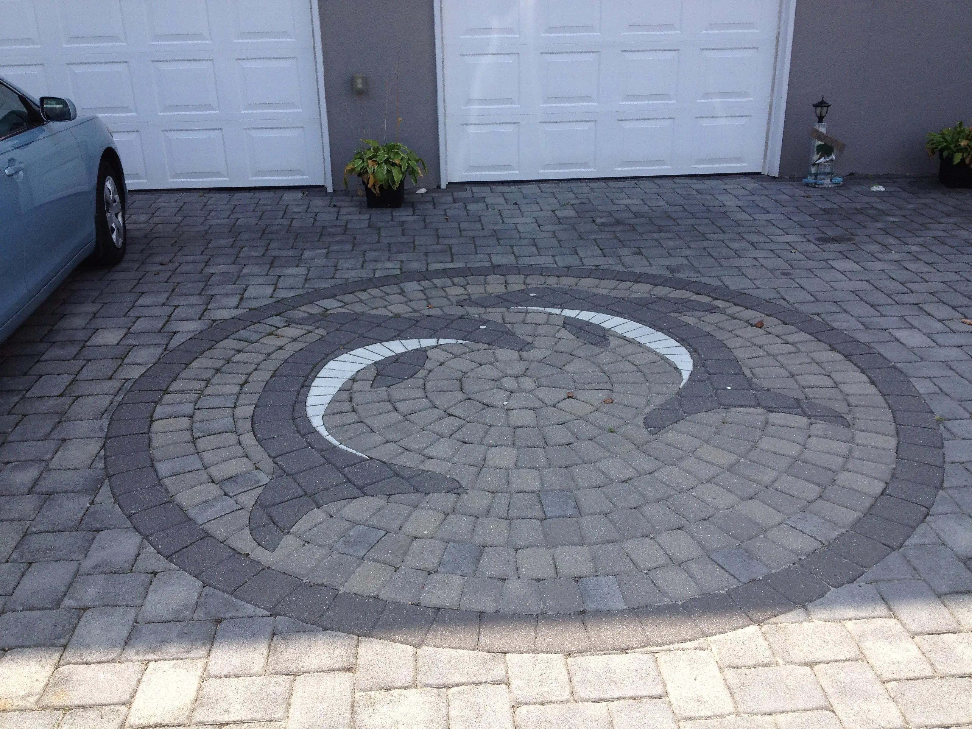 creative designs for patio pavers