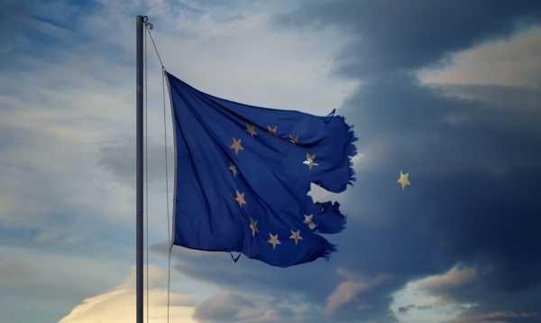 Ευρωπαϊκή Ένωση, Ευρωζώνη, κατάρρευση, κρίση, Ματέο Σαλβίνι, Λέγκα του Βορρά, Κίνημα των Πέντε Αστέρων, Ισπανία, Ποδέμος, Podemos, Βρετανία, Τζέρεμι Κόρμπιν. Ελλάδα, Brexit, Μπόρις Τζόνσον, Σκωτία, Συντηρητικοί, Εργατικοί, Εργατικό Κόμμα