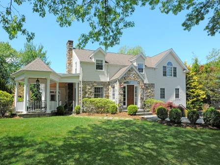 Sold by Mary-Stuart Freydberg Sotheby's International Realty