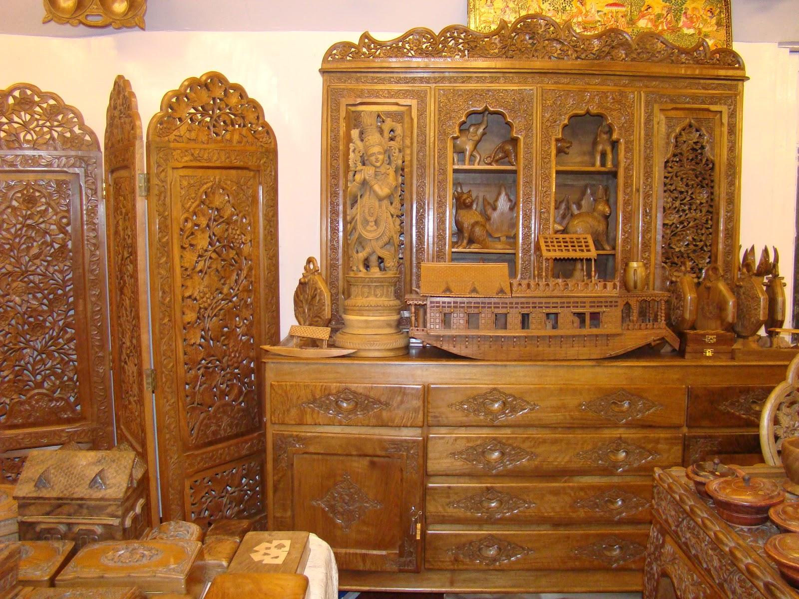 Great photos of Walnut wood carvingHeritage of Kashmir