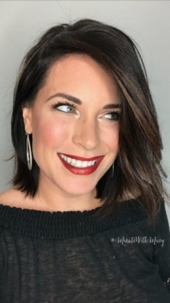 Red Ombre Lips New year's eve makeup #MinuteWithMary