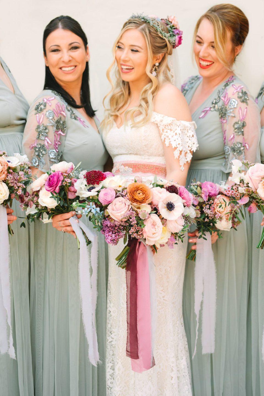 Bridal bouquet - www.marycostaweddings.com