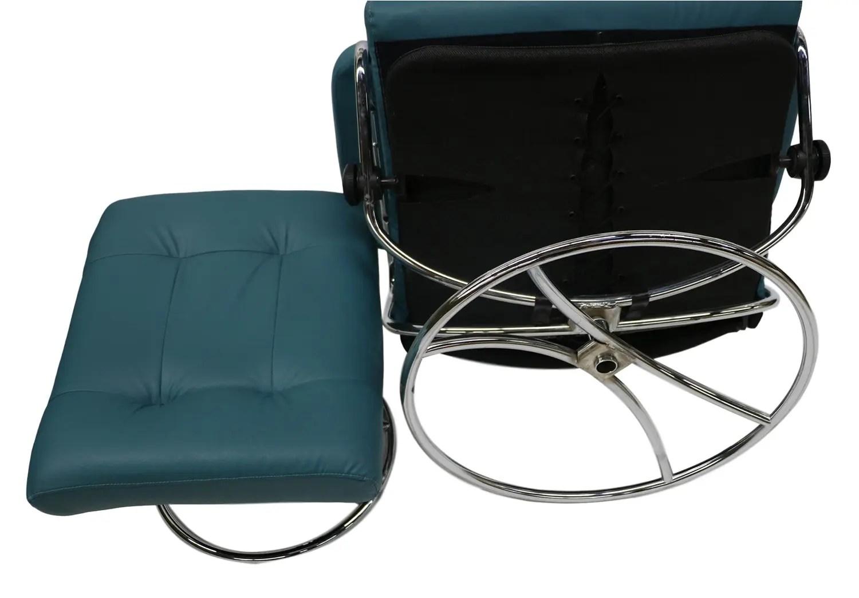 Ekornes Scandinavian Mid Century Reclining Lounge Chair