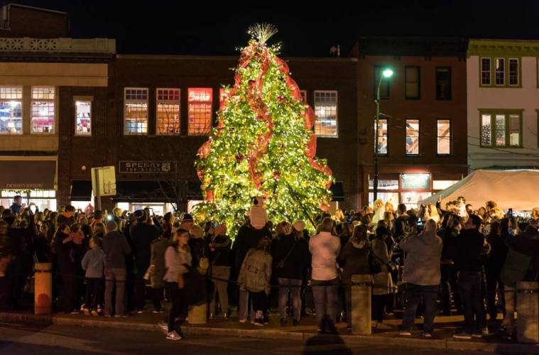 How to Have a \'Very Merry State Capital Christmas\' in Annapolis