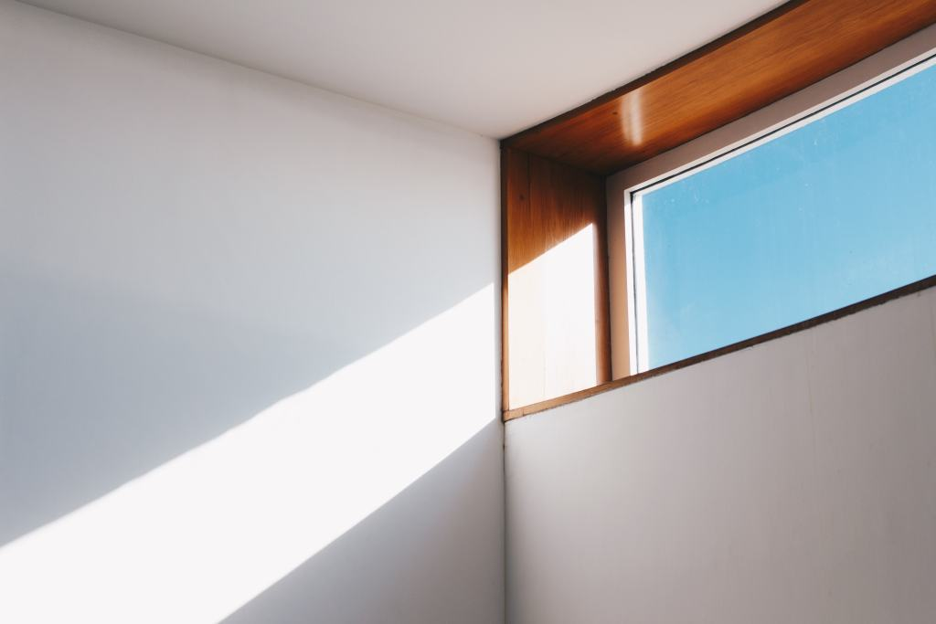 natural light from window helps seniors aging-in-place