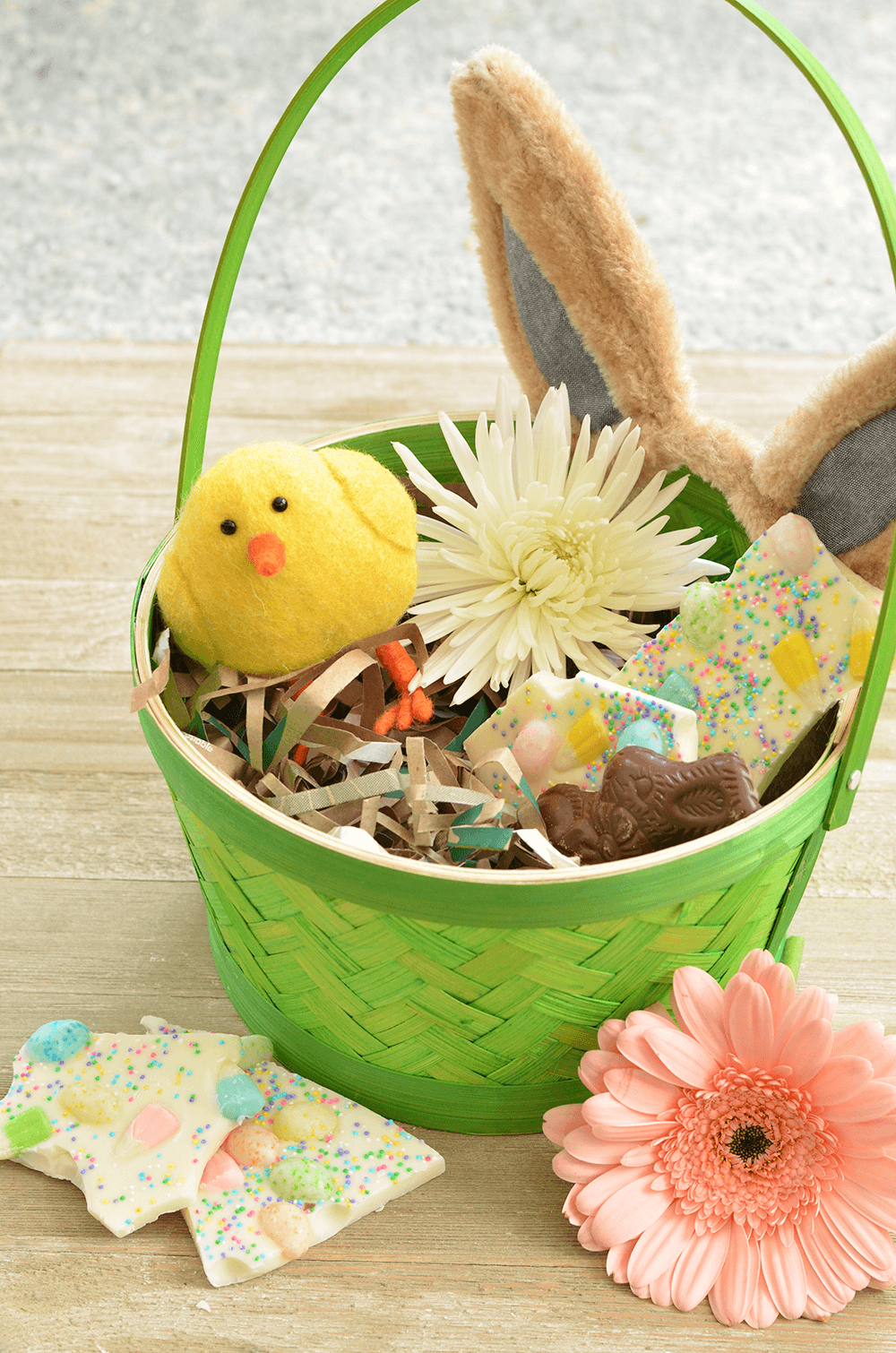 Make your own Earth-Friendly Easter Grass -A super simple project for dressing up baskets, gifts, and more.