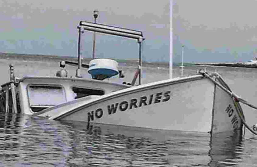 Dlaczego statki pływają?