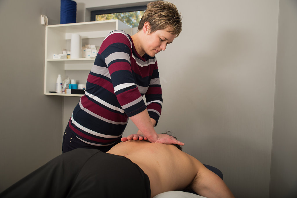 Maryna Wessels Physiotherapy Back Massage