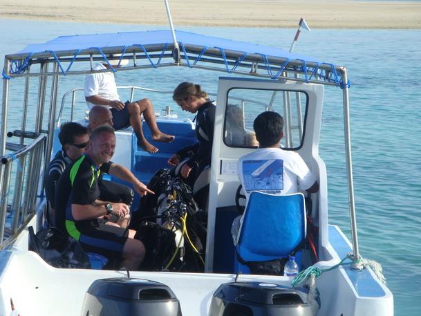 On the way to the dive spot - Leserreise Tauchen - Thomas :-)