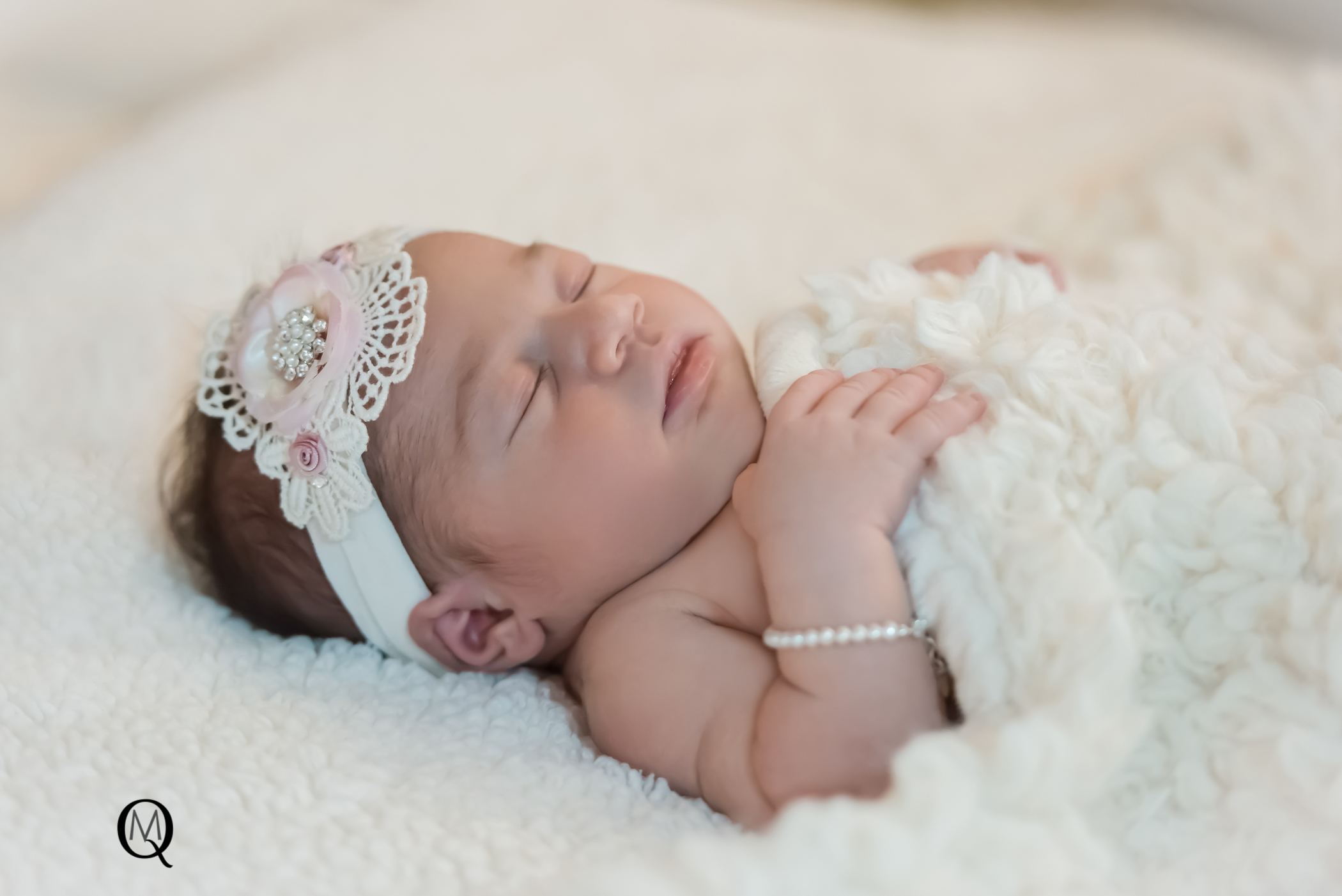 Newborn Photographer in Medford NJ