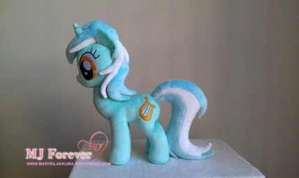 Lyra Heartstrings plushie sewn by meeee!!! I'm keeping this one!