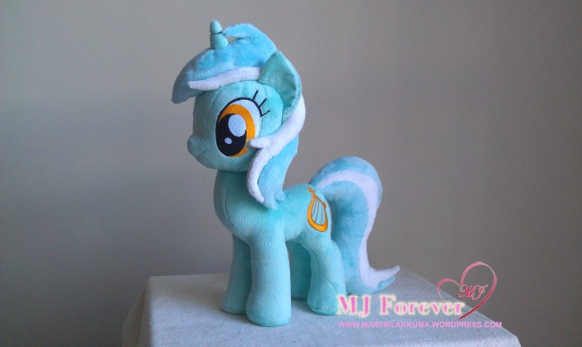 Lyra Heartstrings plushie sewn by meeee!!! I'm selling this one!