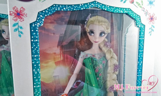 """My second 17"""" Elsa Frozen Fever Limited Edition doll. LE 5000"""