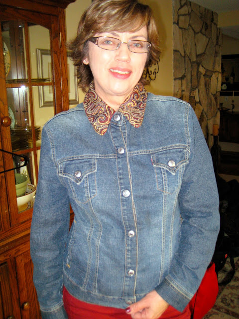 One 90's jean jacket +thrift shop collar =Refashioned Jacket3