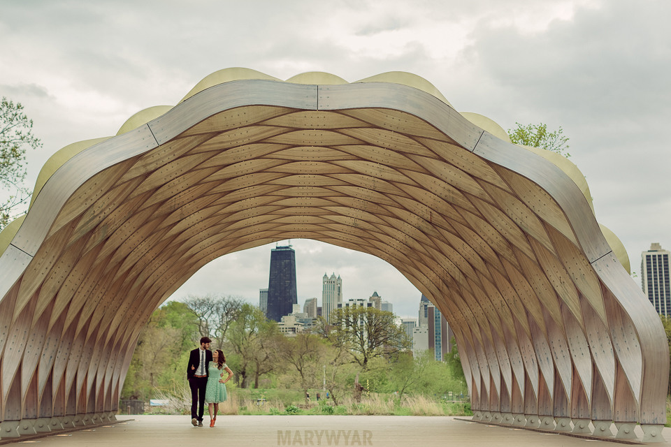 Chicago Engagement Photos Lincoln Park Zoo Pavilion