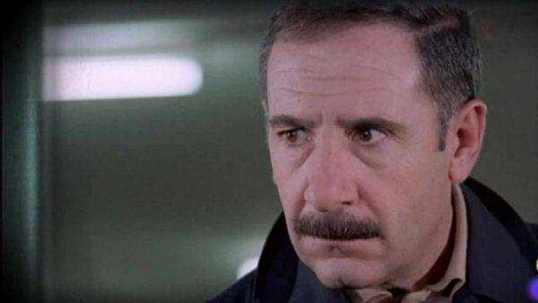 Alfredo Landa, como Germán Areta en El crack (1981)