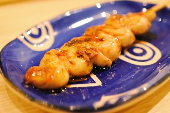 16330鮨肴匠くりや うなぎの幼魚の蒲焼 くりから串