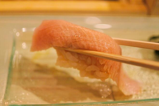 16330鮨肴匠くりや 三重産熟成桜鰤