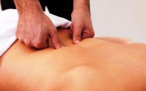 масаж при остеохондрозі хребта свалява