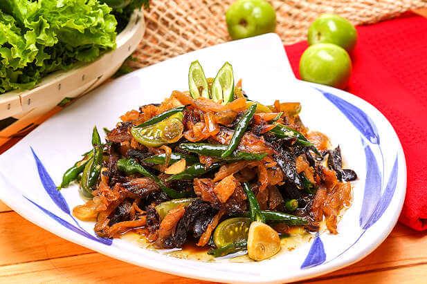 14. Resep Makanan Tongkol Cabai Hijau