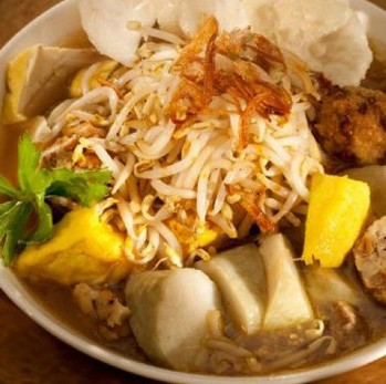 Resep Masakan Lontong Balap khas Surabaya Ala Pak Gendut