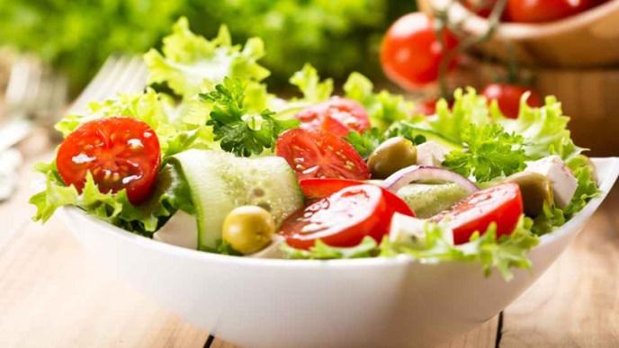 resep salad mediterania