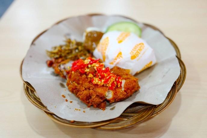 Resep Ayam Geprek Bensu Pedas